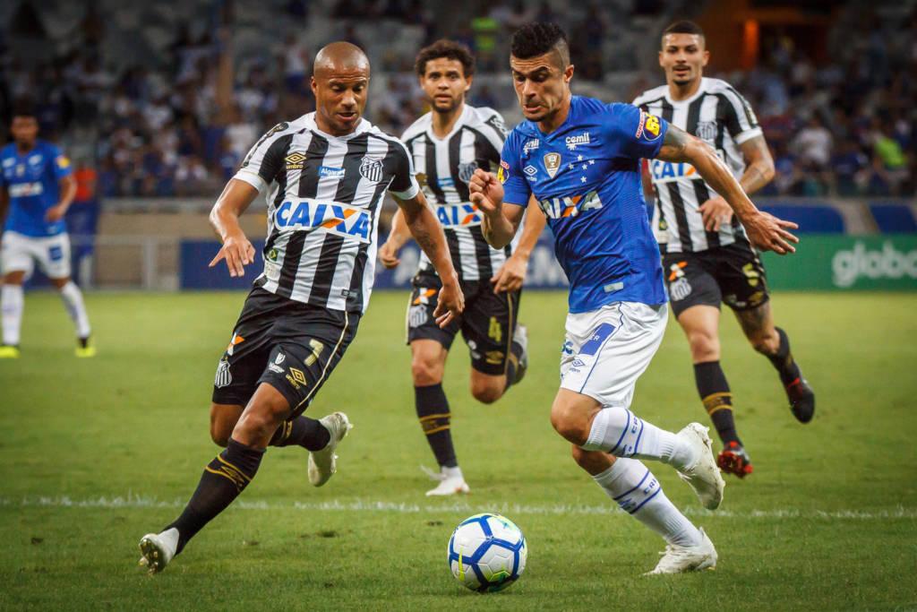 c6160894a8 Era um jogo cheio de adversidades para o Cruzeiro  o adversário