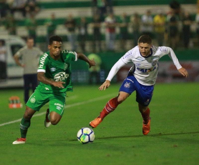 Vivendo uma situação parecida no Campeonato Brasileiro da Série A eb33775271b